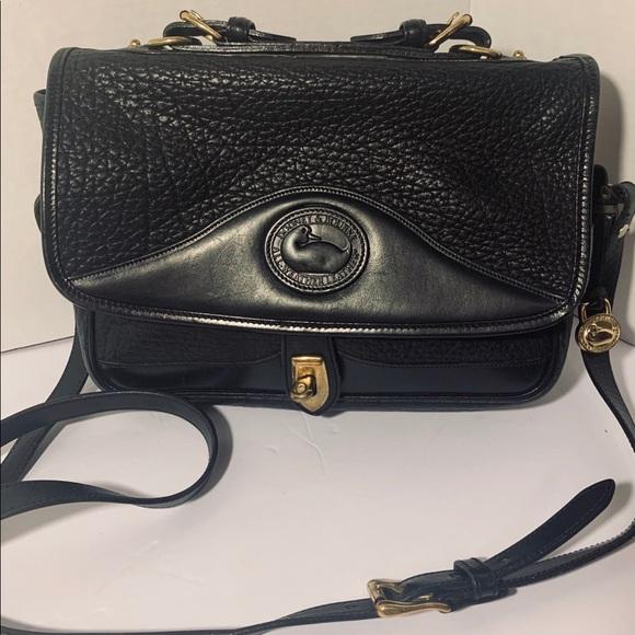 Dooney & Bourke Handbags - Vintage Dooney and Bourke crossbody